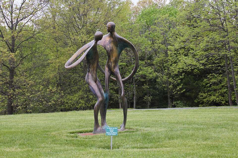 To Dance as One  Bronze  2003 Bob and Jo Wilfong  (United States)