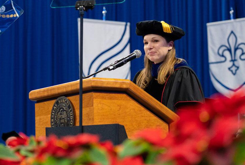Katie Kelting, Ph.D. address the 2019 midyear commencement graduates.