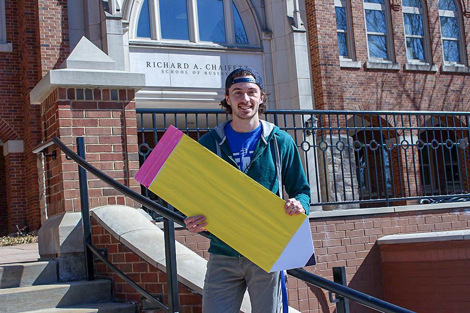 Servie Leader, Jason Wilhite, brings Pencils of Promise to SLU