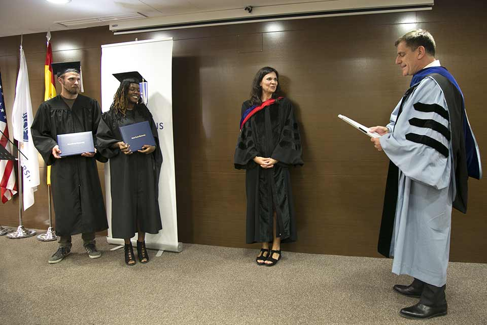 SLU-Madrid celebrated M.A. in Spanish graduates at an intimate, summer commencement ceremony.