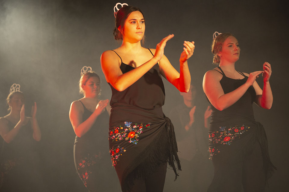 """Women"" dance performance"