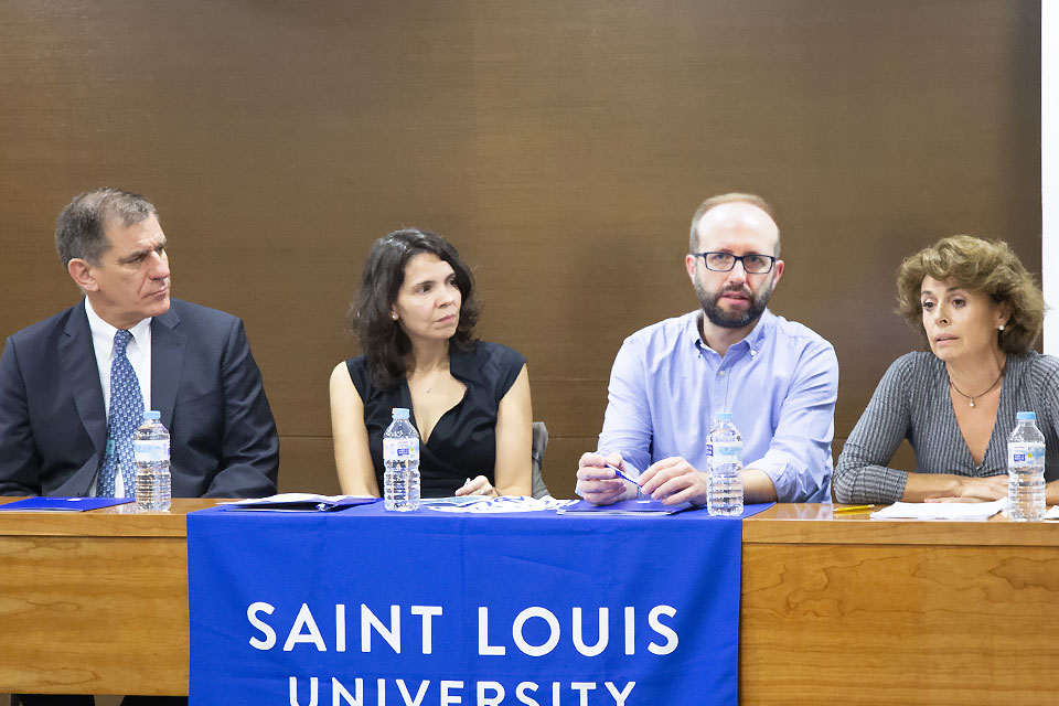 Dr. Paul Vita, director and academic dean of SLU-Madrid, inaugurated the event alongside co-organizers Dr. Fernando Larraz (Alcalá de Hernares) and Dr. Verónica Azcue (SLu-Madrid, and Dr. Olga Muñoz, SLU-Madrid Spanish programs director.