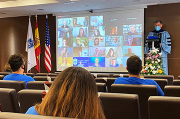 SLU-Madrid officially welcomed the newest 130 members of the University community – the Class of 2024 and new transfer students – at the first-ever virtual Convocation Ceremony.