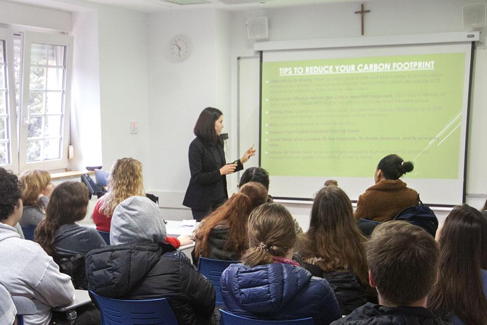 Merjen Palvanova delivered a presentation about carbon dioxide emissions.