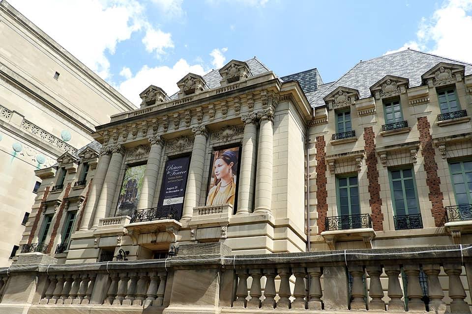 SLUMA Galleries