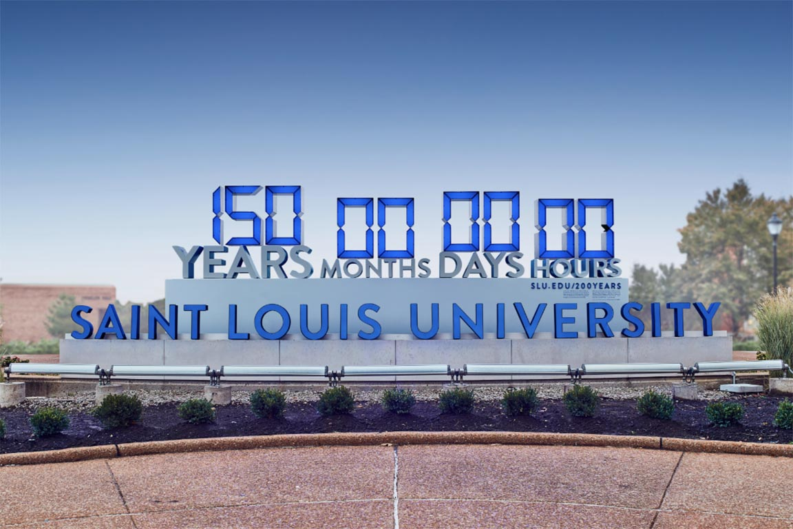 SLU's 200 Years in One Service Clock