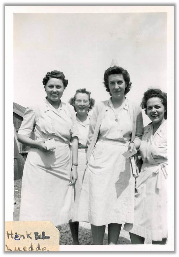 Nurses with the 70th Hospital Unit