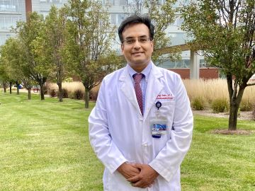 Ajay Jain, M.D., professor of pediatrics, pharmacology, and physiology, received a grant from the National Institute of Diabetes and Digestive and Kidney Diseases of the National Institutes of Health to study Short Bowel Syndrome in premature babies.