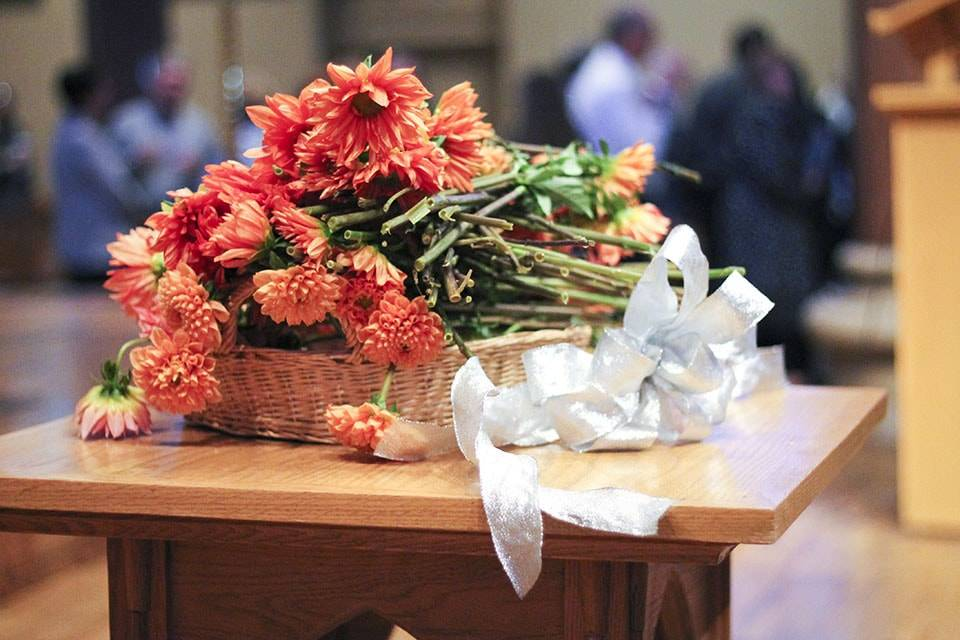 Flowers at the 2015 gift body memorial service.