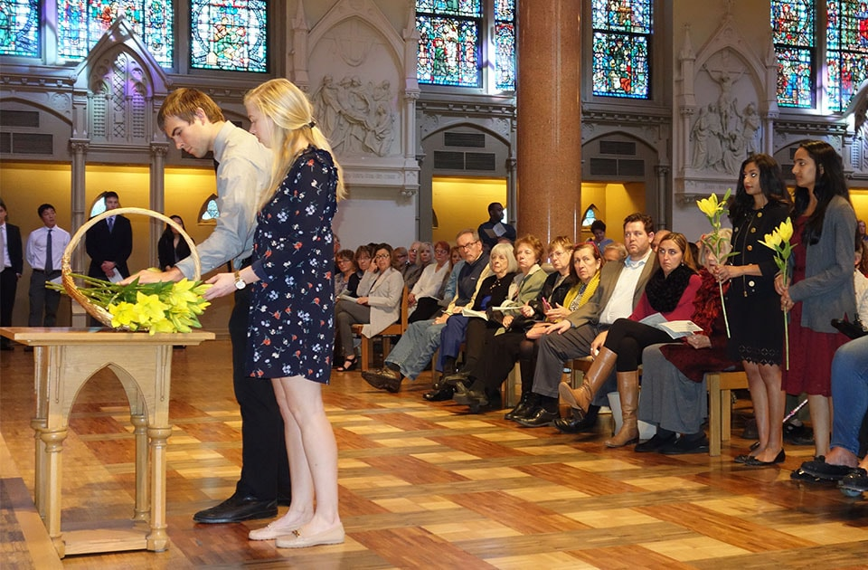 Medical students at Saint Louis University honored those who donated their bodies for medical education with an interfaith memorial service Friday.