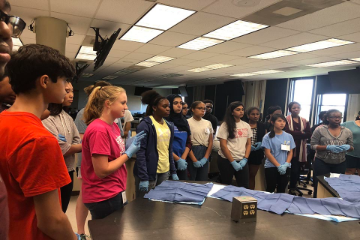 Students in grades 9-12 are encouraged to apply for the second session of SLU's School of Medicine Summer Scholars Program which will run June 14-July 2.
