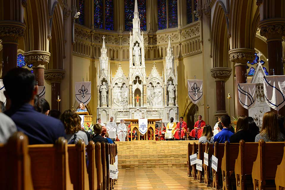 Students, staff, faculty and administrators packed St. Francis Xavier College Church Thursday, Aug. 25, to celebrate the annual Mass of the Holy Spirit.
