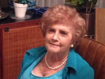 Nelly Grosswasser, Ph.D., a professor emerita of Russian literature and the founder of the Russian program at Saint Louis University, died on Dec. 16, 2020. She was 95.