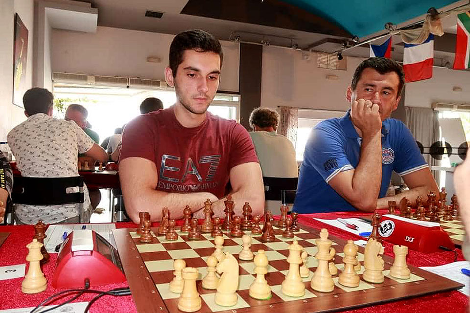 SLU Chess Players Spend Summer Winning Titles, Honing Skills : SLU