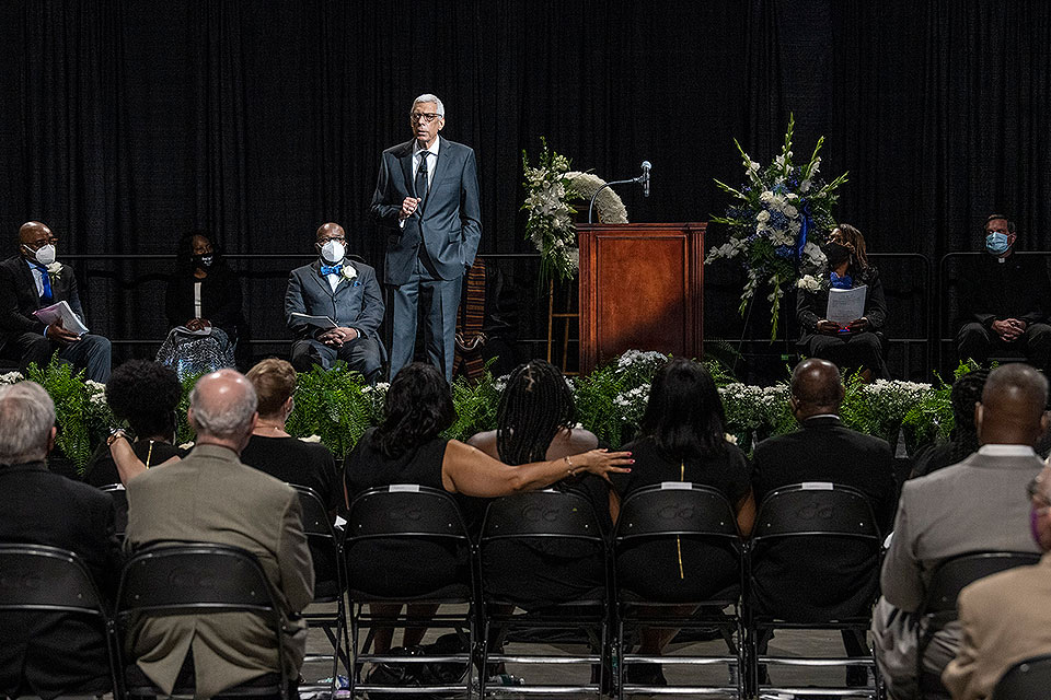 Jonathan Smith, Ph.D., vice president for diversity and community engagement, was honored by President Fred P. Pestello, Ph.D., family, friends and colleagues at a memorial service on Wednesday, June 30, at Chaifetz Arena. Photo by Steve Dolan.