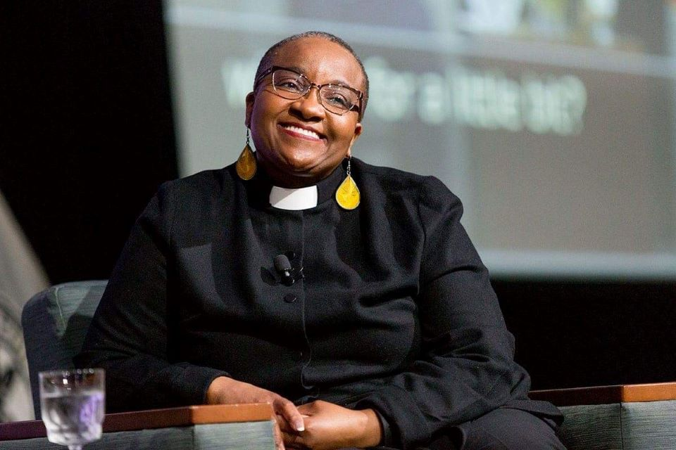 """Prominent race and gender justice activist, Rev. Nontombi Naomi Tutu, delivered the keynote address Friday, April 16, for the 21st annual Sam and Marilyn Fox Atlas Week. The theme of the week was """"The House that Race(ism) Built."""""""