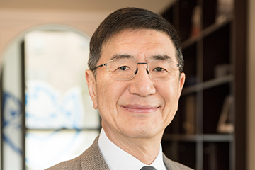 The division of development at Saint Louis University has announced that SLU trustee and alumnus Winston Chan, Ph.D., (A&S '81, '83) has made a $1 million gift to the University in support of Accelerating Excellence: The Campaign for Saint Louis University.