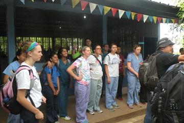 SLU volunteers on a Global Brigades trip to Honduras.